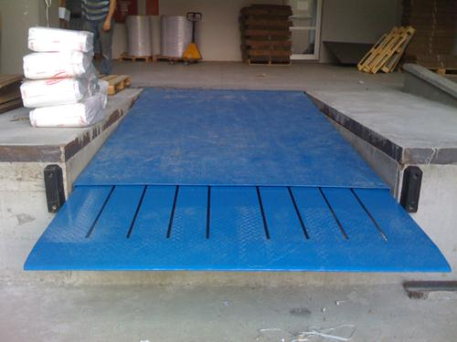 Dynamic Loading Telescopic Lip Dock Leveller Telescopic